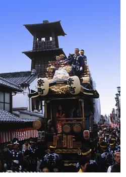 時の鐘と山車11.jpg